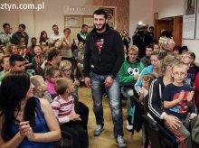 Mamed Khalidov w komitecie wyborczym
