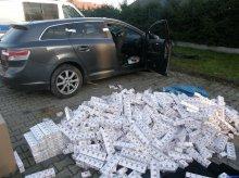 Przewoził 6,5 tysiąca paczek papierosów. ''Wpadł'', bo spowodował wypadek