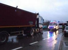 Wypadek w Dywitach. Kompletnie pijana jechała pod prąd