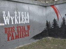 Odmalowali zniszczony mural ku czci Żołnierzy Wyklętych