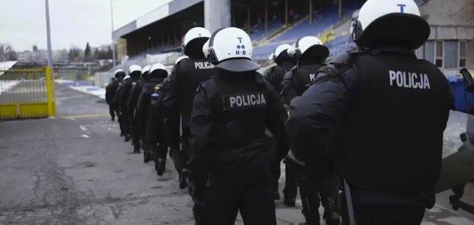 Co robili policjanci na olsztyńskim stadionie? [FILM]
