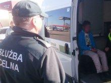 Uchodźca z Afganistanu znaleziony w naczepie tira w Olsztynie [FOTO]
