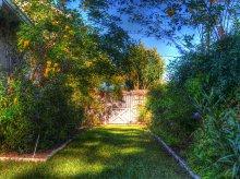 Modne aranżacje ogrodu, czyli jak zaprojektować współczesną oazę spokoju