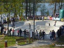 Deskorolki opanują okolice jeziora Ukiel