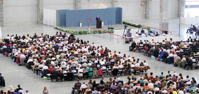 Kongres Świadków Jehowy w ostródzkiej hali Expo Mazury [ZDJĘCIA]