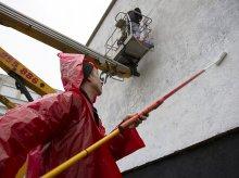 ''Dobre pomysły są pełne ludzi''. Powstaje nowy mural w Olsztynie [ZDJĘCIA]