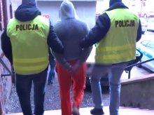 Broń, narkotyki i tytoń trzymał w mieszkaniu na Nagórkach
