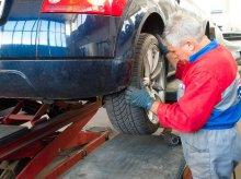 Brali łapówki w zamian za fikcyjne przeglądy techniczne aut