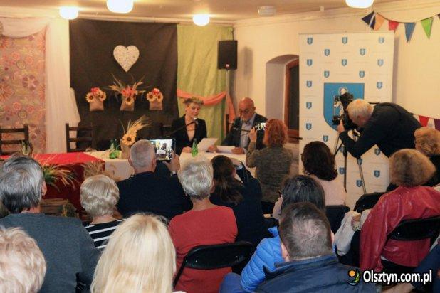 Narodowe Czytanie Przedwiośnia W Olsztynie Olsztyn