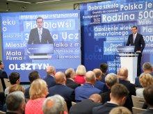 Konwencja wyborcza PiS w Olsztynie. W tle protesty KOD-u i ratowników medycznych [ZDJĘCIA, WIDEO]
