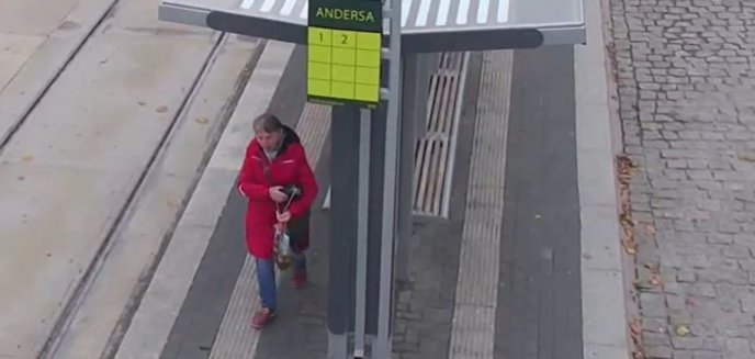 Ukradła z przystanku torebkę. Pomóż ustalić jej tożsamość [WIDEO]