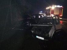 Czołowe zderzenie dwóch aut pod Olsztynem [ZDJĘCIA]