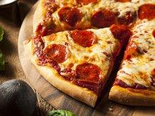 Najsłynniejsze filmowe sceny z pizzą w roli głównej