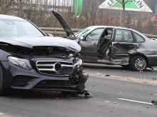 67-letni kierowca nie ustąpił pierwszeństwa. Poważne zdarzenie na Nagórkach [ZDJĘCIA]