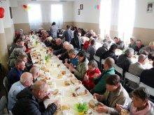 Olsztyński Caritas zaprosił na śniadanie wielkanocne [ZDJĘCIA]