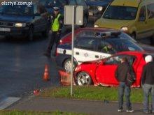 Niebezpieczny wypadek na olsztyńskim rondzie - Wideo!
