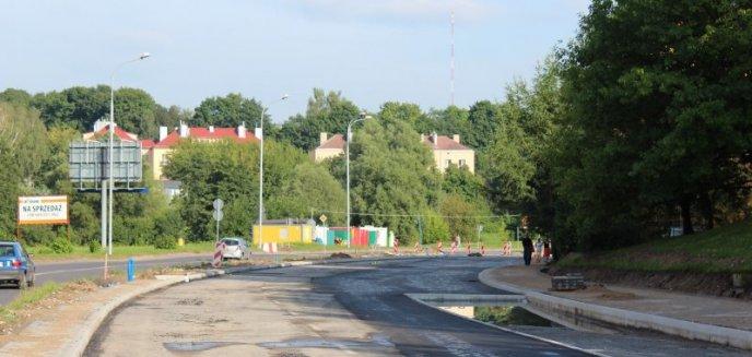 Artykuł: Buspasy, mimo niespodzianek, powstaną bez opóźnień