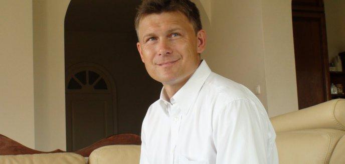 Artykuł: Piotr Tyszkiewicz Dorotowo 3 E: Polski listopad