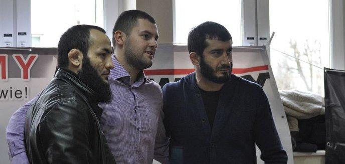 Artykuł: Krwawy sport w Olsztynie. Zawodnicy MMA zachęcali do oddawania krwi (zdjęcia)