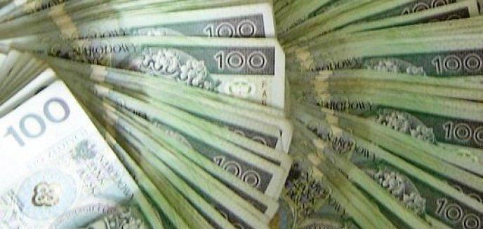 Artykuł: Rozbili szajkę zajmującą się wyłudzaniem pieniędzy