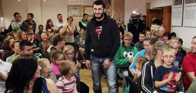 Artykuł: Mamed Khalidov zabiera głos w sprawie zmanipulowanego filmu