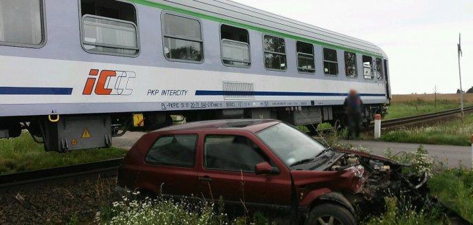 Artykuł: Wjechał pod rozpędzony pociąg