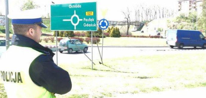 Artykuł: Zachowanie kierowców na rondzie Ofiar Katastrofy Smoleńskiej pod nadzorem policji