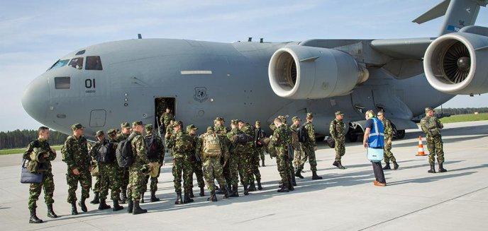 Artykuł: Olbrzymi samolot Boeing C-17 Globemaster lądował w porcie Olsztyn-Mazury [ZDJĘCIA]