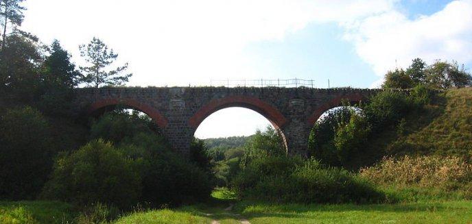 Artykuł: Zabytkowy most w Glaznotach, czy nowy trakt porodowy w Elblągu. Unijne środki na kolejne inwestycje
