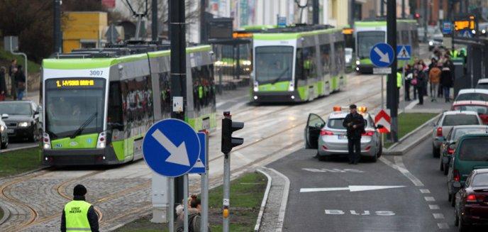 Artykuł: Obsługa pasażerów dłużej w poniedziałki