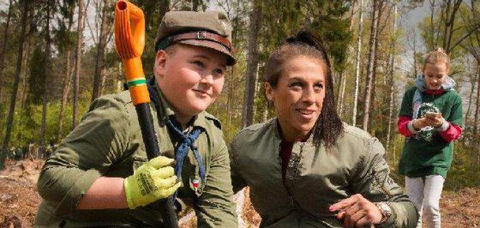 Artykuł: Joanna Jędrzejczyk posadziła las