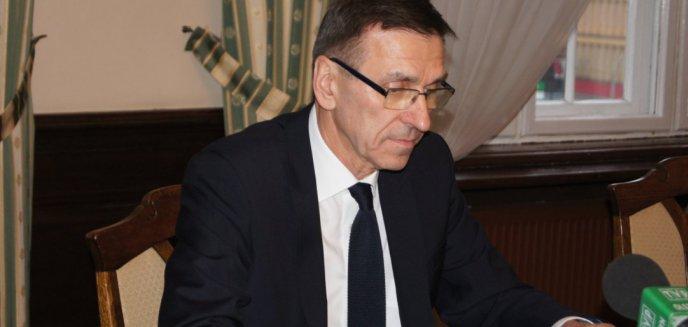 Artykuł: Prezydent Olsztyna ''czuwa'' na urlopie. Odpowiada na komentarze mieszkańców