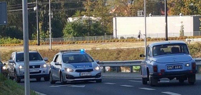 Artykuł: ''Warszawą'' pod prąd ulicą Obiegową