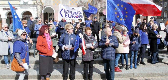 Artykuł: ''Wolna Polska europejska''. W Olsztynie śpiewali ''Odę do radości'' [ZDJĘCIA, WIDEO]