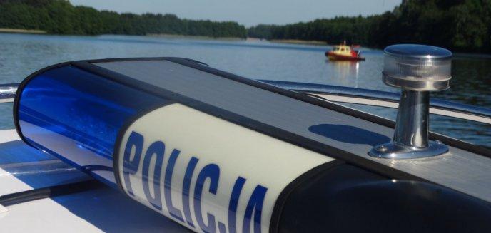 Na jeziorze Ukiel zderzyły się dwa skutery. Jedna osoba ranna