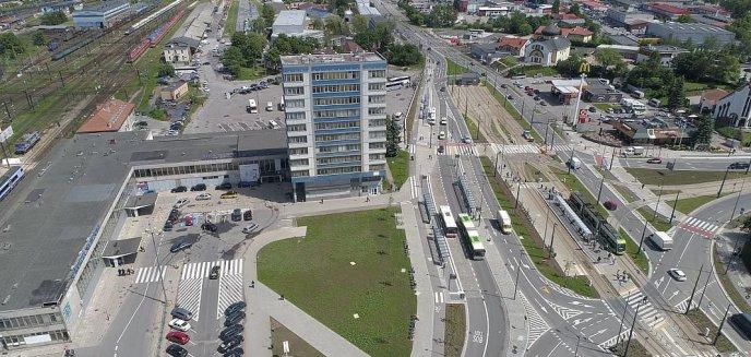 Artykuł: Rozbudowa węzła przesiadkowego. Przy dworcu dostępny jest parking dla busów