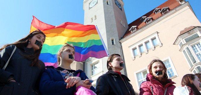 Marsz Równości kontra Marsz w Obronie Dzieci. W Olsztynie będą pikietować dwa wrogie środowiska [WIDEO]