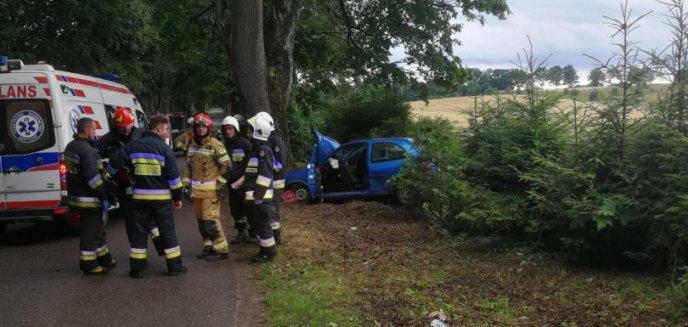 Poważny wypadek pod Olsztynem. Ranne dzieci oraz 17-latka w ciąży