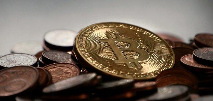 Artykuł: Prokuratura w Olsztynie: pokrzywdzeni w aferze bitcoinowej powinni zgłaszać się do prokuratury w Suwałkach