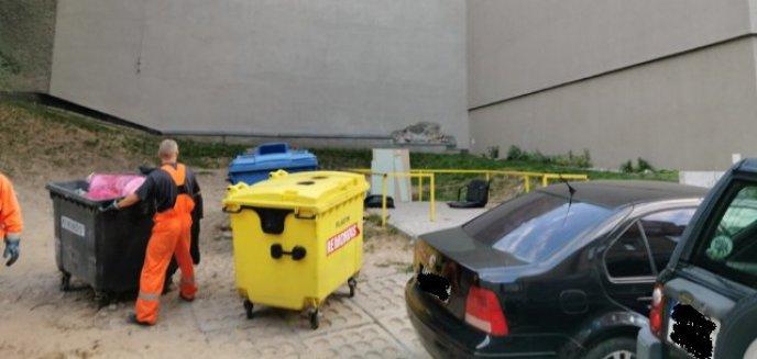 Artykuł: ''Śmietnikowy'' problem w centrum miasta. Czy da się go rozwiązać?