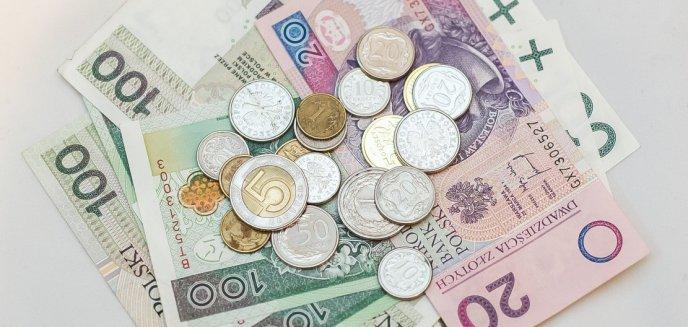 Artykuł: Nowa metoda na wyłudzenie pieniędzy. Tym razem oszukują na 500+