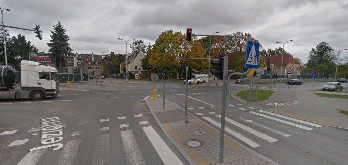Artykuł: Czy na skrzyżowaniu Bałtycka/Jeziorna/al. Przyjaciół jest niebezpiecznie?