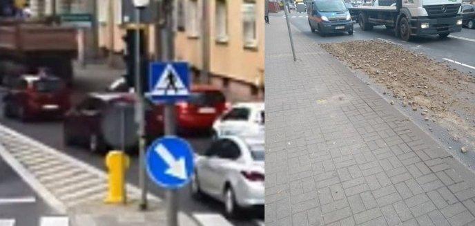Artykuł: Rozsypał kruszywo w okolicy pl. Bema [WIDEO]