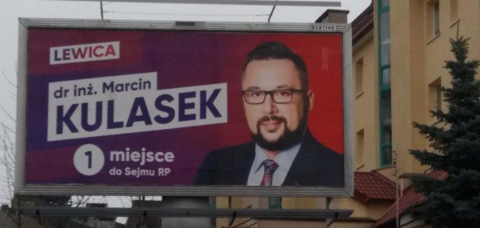 Artykuł: Poseł z billboardu uśmiecha się do mieszkańców Jarot. Legalnie?