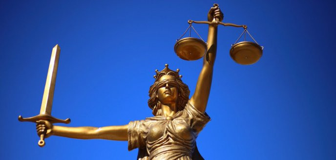 Artykuł: Rzecznik Praw Obywatelskich broni sędziego Pawła Juszczyszyna