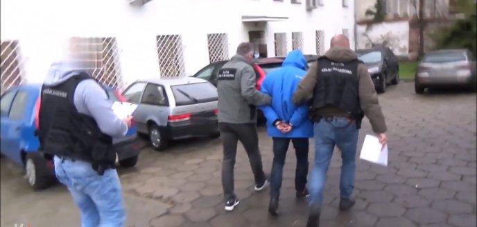 Artykuł: Skarb Państwa stracił 18 mln zł. Olsztyńscy funkcjonariusze zatrzymali prezesa spółki paliwowej
