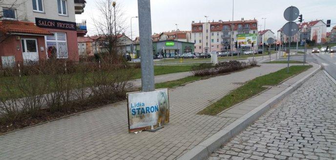Artykuł: Wybory dawno za nami... a plakat senator nadal jest zawieszony na Jarotach