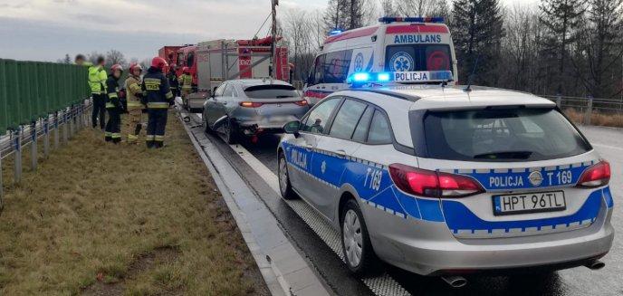 Na obwodnicy Olsztyna zderzyły się dwa auta osobowe