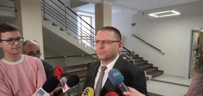 Artykuł: Spór sędziów zaostrzył się. Kolegium sędziów krytykuje decyzję prezesa sądu rejonowego.  W tle sprawa Pawła Juszczyszyna