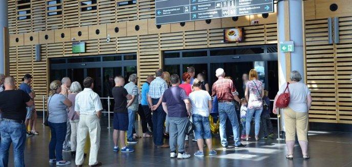 Artykuł: Z lotniska prosto do aresztu za... alimenty